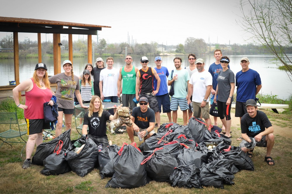 Austin SUP trash cleanup hosted by Centex SUP