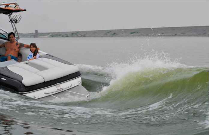 Wake-Surf-Boats-101-DFW-Surf