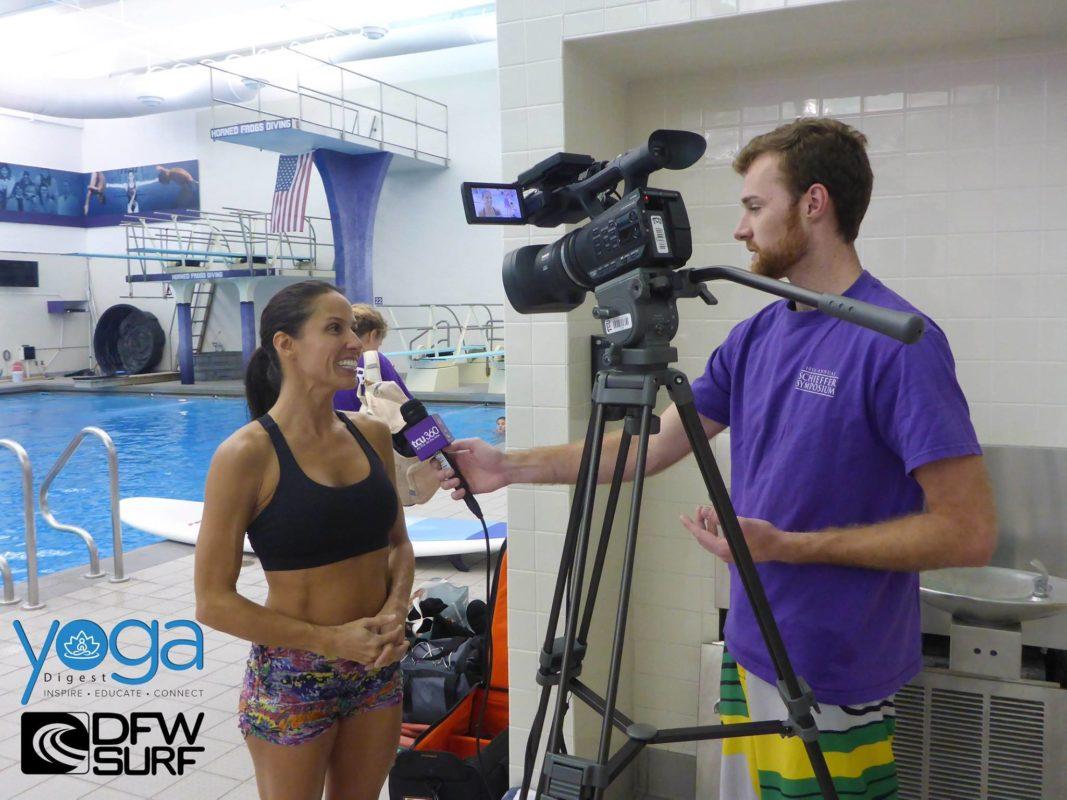 Jenn Bodnar sup yoga with the TCU Yoga Club