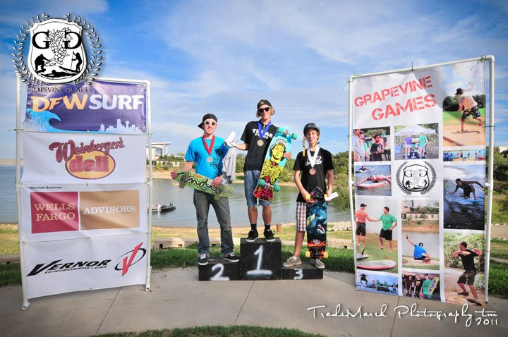 Longboarding Race on Grapevine Lake at the Grapevine Games